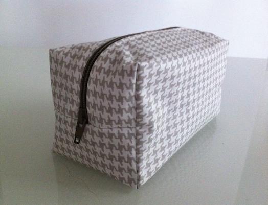 Aiguille en fête 2017 inspiration couture tuto gratuit trousse  coton enduit
