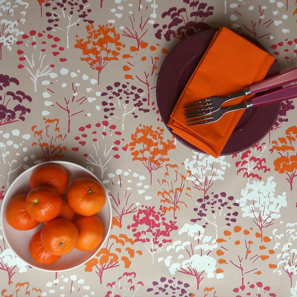 arbre orange. Black Bedroom Furniture Sets. Home Design Ideas