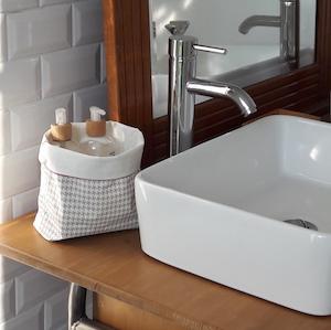 Vide poche salle de bain en coton enduit fleur de soleil - Vide poche mural salle de bain ...